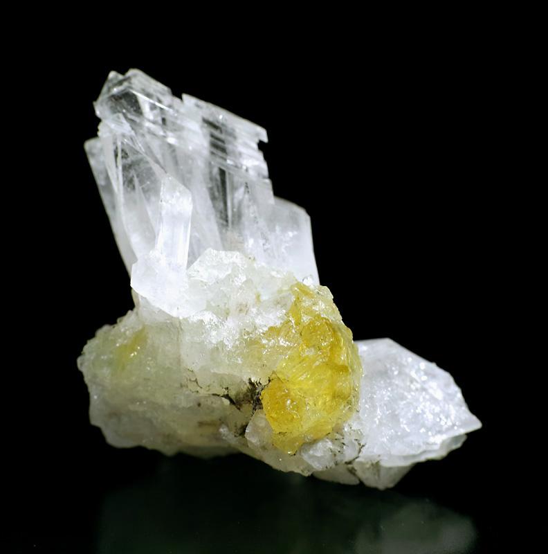 画像2: 【ロシア ダルネゴルスク産鉱物】 ダトー石/水晶01(ダトーライト/クォーツ)