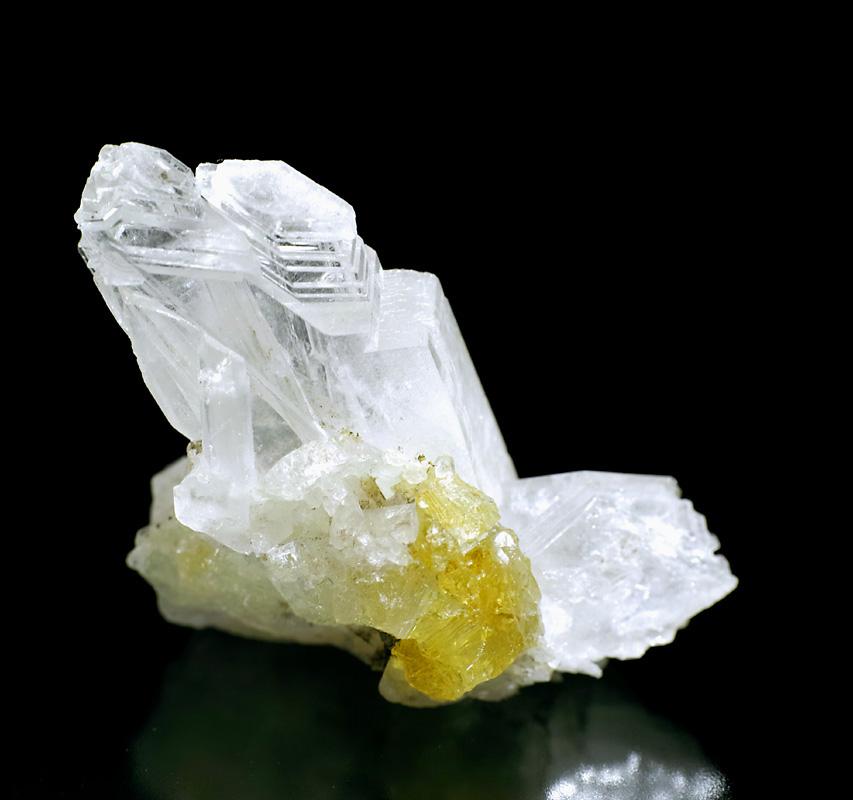 画像1: 【ロシア ダルネゴルスク産鉱物】 ダトー石/水晶01(ダトーライト/クォーツ)